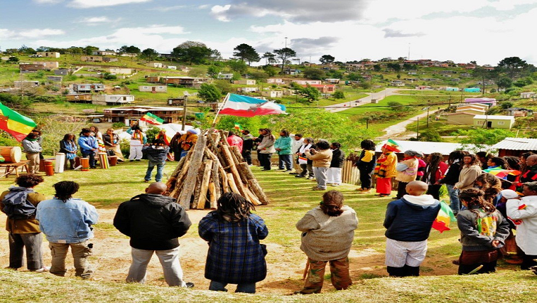SABC News Earth Festival Twitter @KnysnaMuni - Rastafarian community celebrate Earth Festival
