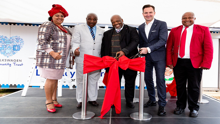 SABC News KwaNobuhle Literacy Centre Twitter @ AriveAlive - Volkswagen launches Literacy Centres in Eastern Cape