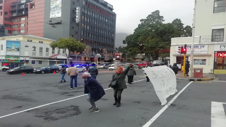 SABC News Cape Town Protests . - HRC to host housing summit in Western Cape
