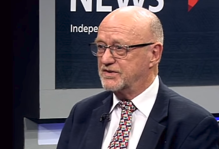 Derek Hanekom arrives at Durban High Court - SABC News - Breaking news, special reports, world, business, sport coverage of all South African current events. Africa's news leader.