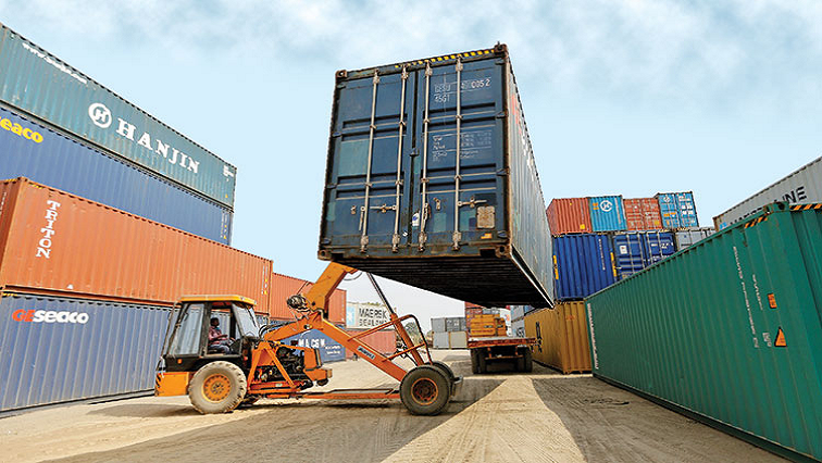 SABC News Imports Exports R - Business Confidence Index declines by 1.3 index points: Sacci