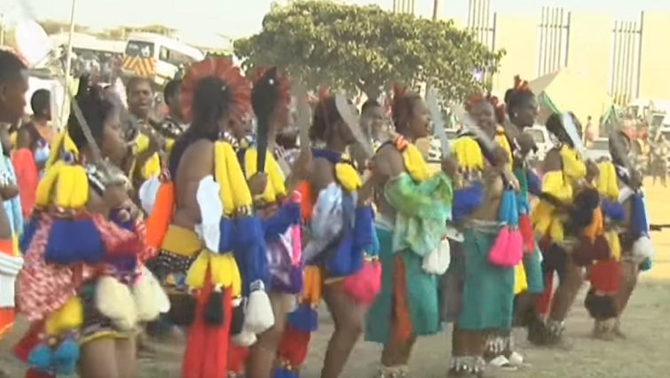 SABC News Reed dance - Maidens gather at KwaMai Mai to prepare for annual reed dance