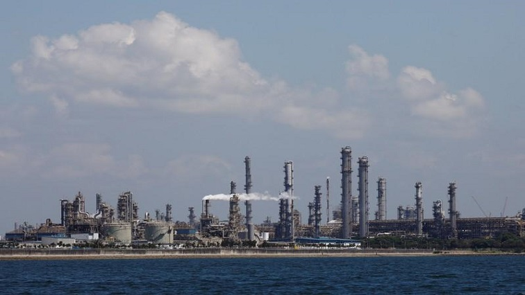 SABC News Shell Reuters - Shell considers solar panels to power Singapore refinery site