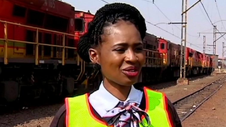 SABC News Train Driver wa mosadi - Women make strides in train driving