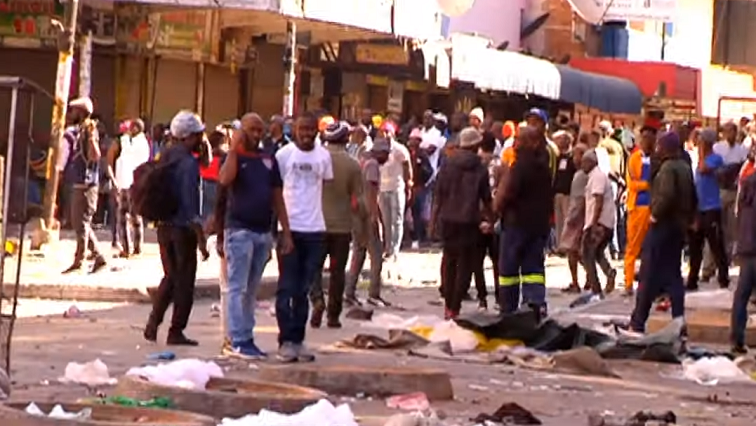 SABC News Looting - IFP condemns looting of foreign-owned shops