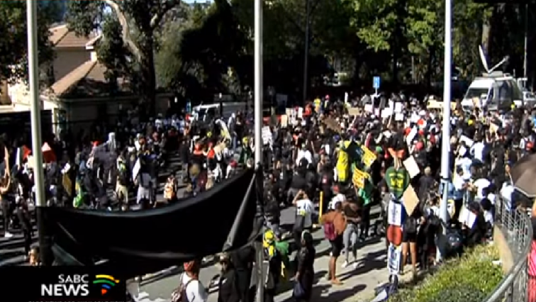 SABC News Sandon protests GBV - It can't be business as usual, say GBV protesters in Sandton
