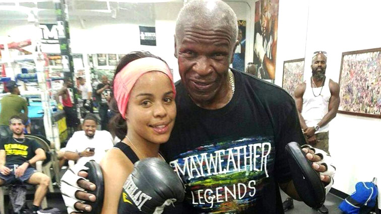SABC News baby boxer twitter - 'Baby-Lee' to be laid to rest on Saturday