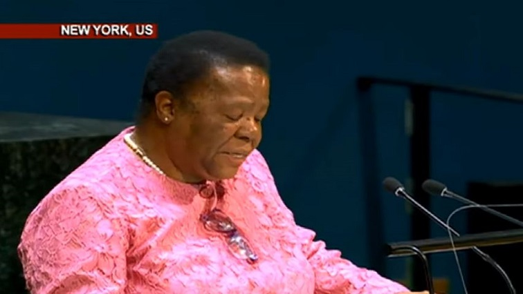 Minister Naledi Pandor delivering her speech in New York