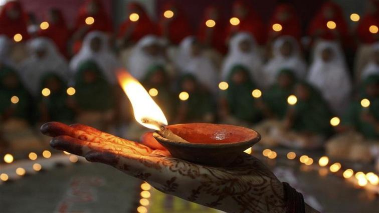 SABC News Diwali Reuters - Durban comes alive with Diwali colours