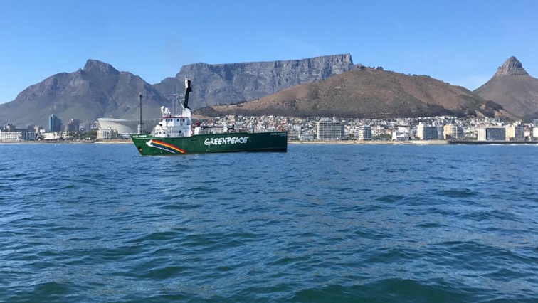 SABC News Greenpeace Twitter @Greenpeaceafric - Greenpeace vessel in Cape Town to highlight dangers of overfishing