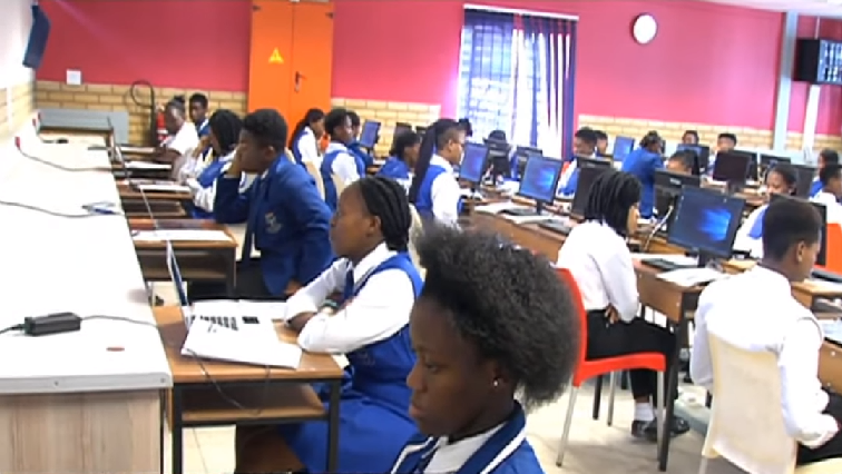 SABC News Matric exams - Concerns as load shedding leaves matric learners in the dark, disrupts exam