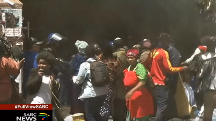 SABC News Terrorists P - Protesting foreign nationals asked to refrain from using children as shields