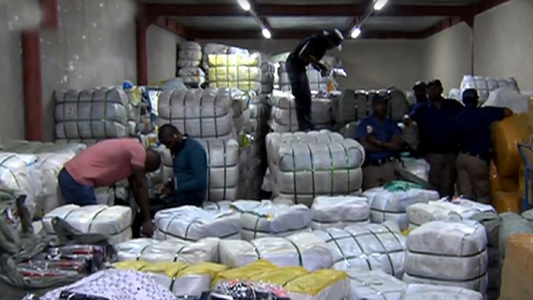 SABC News raid fordsburg - Millions of rands worth of counterfeit goods confiscated in Jhb CBD