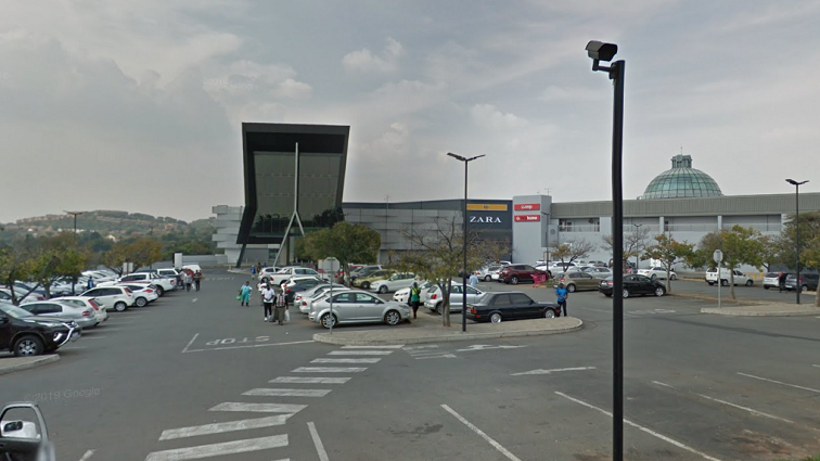 SABC News Cresta Google Maps - Suspect killed following attempted armed robbery at Cresta mall