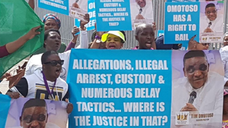 SABC News  Omotoso supporters - Omotoso supporters flock into court despite cold weather