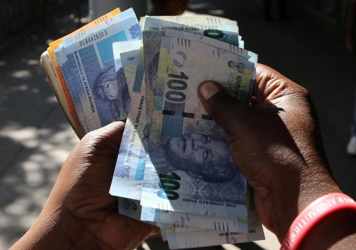 South Africas rand pauses slide as risk clouds gather Reuters - Rand pauses slide as risk clouds gather