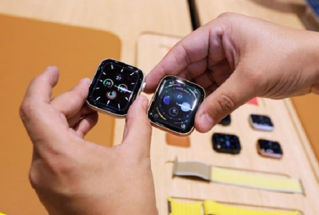 SABC News Apple watch R - Apple asks US to waive tariffs on some Chinese-made products