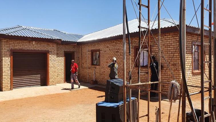 SABC News Credo house - Credo Mutwa moves into refurbished house