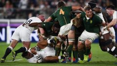 The Springboks dominated in the scrums but there were no tries in the opening stanza's of the match.