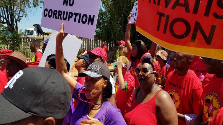 SABC News SAA strike @@EkurhuleniE 1 - SAA deadline for rebooking of cancelled flights