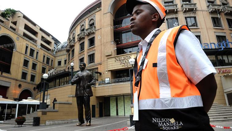 SABC News Security Guard Africa Check - Satawu demands minimum wage for security guards
