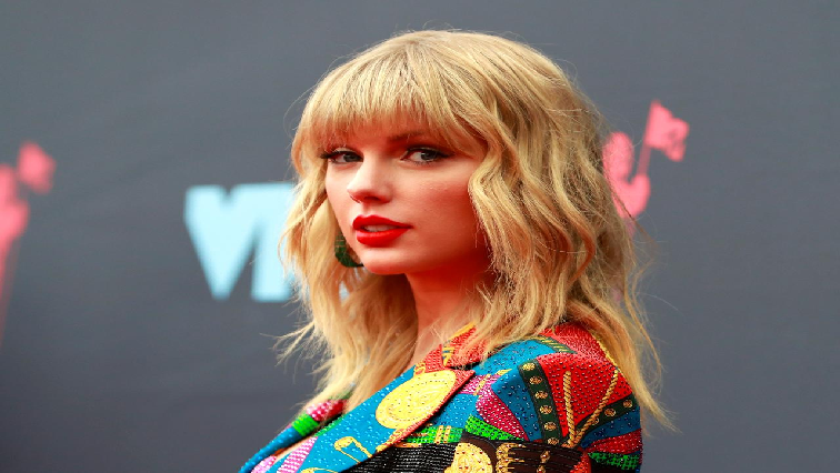 SABC News Taylor Swift R 1 - Death threats prompt music executive to appeal for peace in feud with Taylor Swift