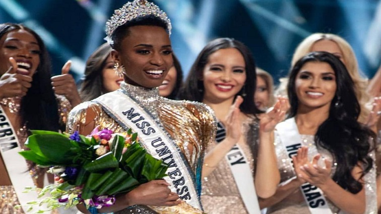 SABC News Zozi - Congratulations pour in for South Africa's Miss Universe