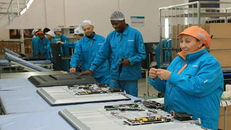 SABC News Hisense Cape Town1 Mybroadband - Striking Hisense workers demand 15% wage raise