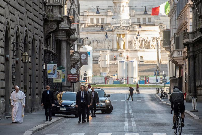 Italy03 - SA becomes the latest country to implement a lockdown
