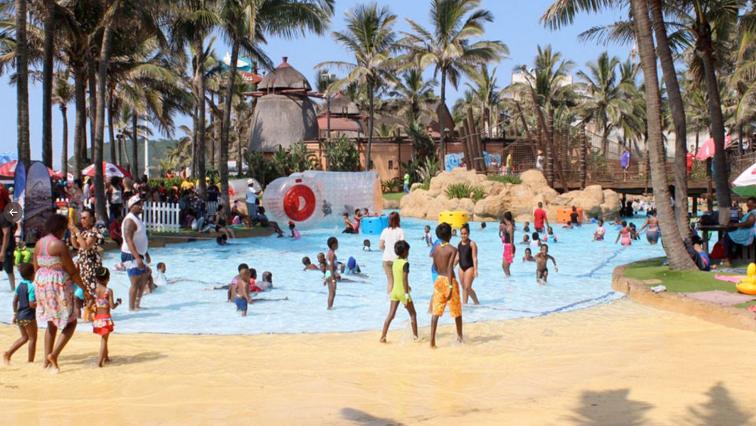 SABC News uShaka Marine Twitter @Frenchtouropera - uShaka dismisses viral video showing packed water park despite bans