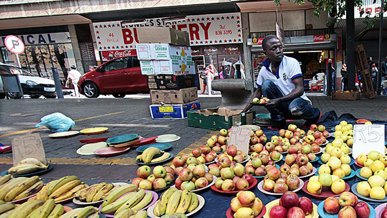 SABC News Informal Traders 1 - Johannesburg to start issuing temporary permits to informal food traders