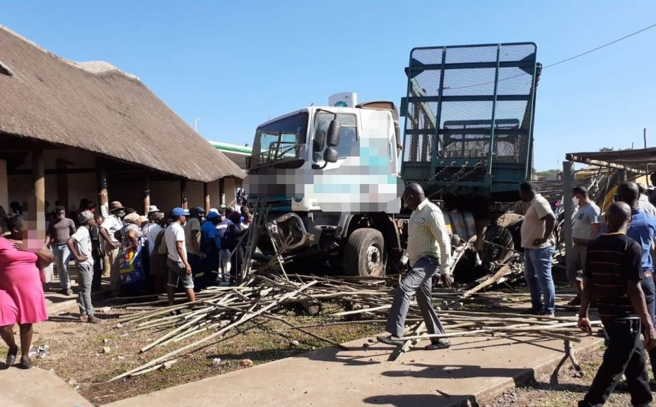 Arrive Alive 928x577 - Driver of truck involved in Jozini accident arrested