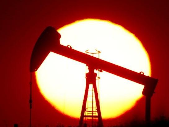 oil slick - Oil prices extend slump as US coronavirus cases climb