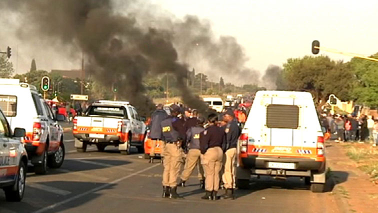 SABC News Ennerdale Protest SABC - Eldorado Park community calls for end to police brutality following death of teenager