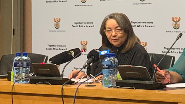 SABC NewsPatricia De Lille Twitter @SAgovnews - De Lille to meet with National Treasury over Beitbridge fence project saga