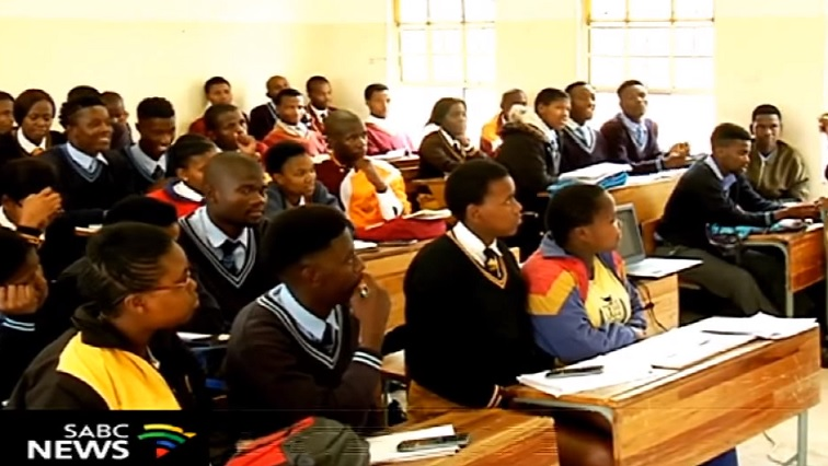 SABC News Schools 2 - Learners throughout the country set to return to schools