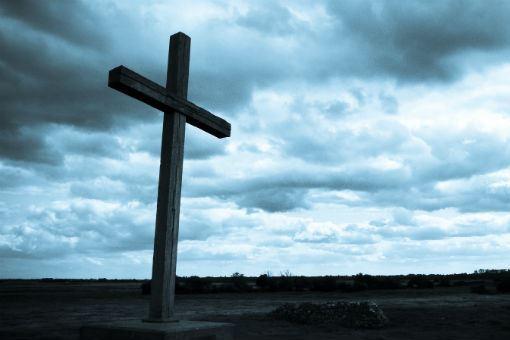 Cross Dark sky - Tributes pour in for Rev Maqina