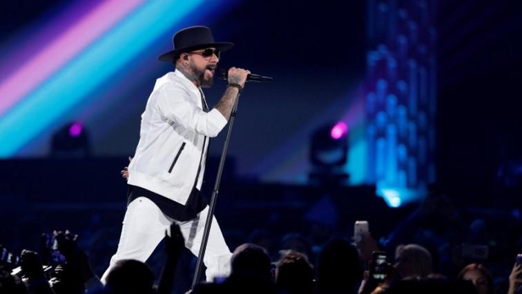 SABC NEWS Backstreet Boys R - Cheek to cheek,'Dancing with the Stars' waltzes back despite pandemic