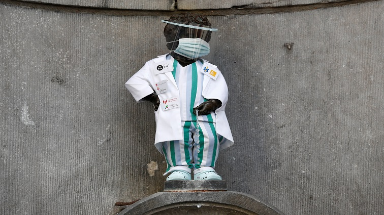 SABC News Brussels Manneken Pis Reuters - Brussels honours health workers by dressing up famous statue