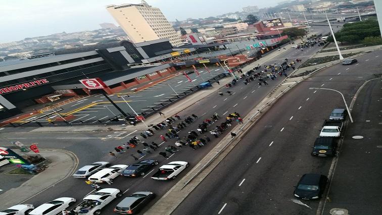 SABC News MKMVA Twitter via @Sandilelushaba1 - MKMVA protesters blockade roads in Durban