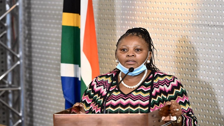SABC News Nosiviwe Mapisa Nqakula GCIS - 'Mapisa-Nqakula's report on Zim trip completed and signed off'