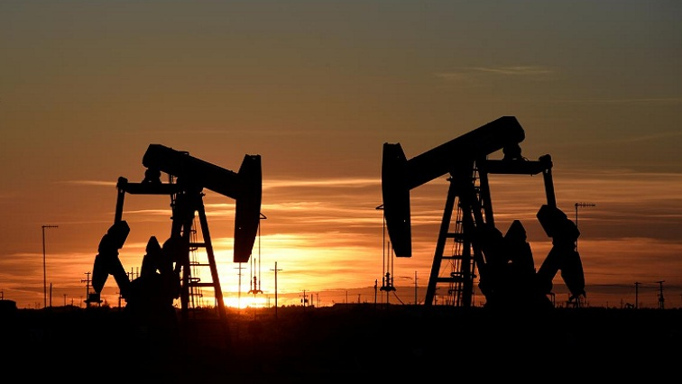 oil baby 2 2 - Oil falls on fuel demand growth concerns as coronavirus lingers