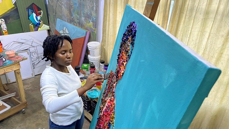 SABC NEWS Marcellina Akpojotor R - Cut from the same cloth, Nigerian waste fabric becomes art