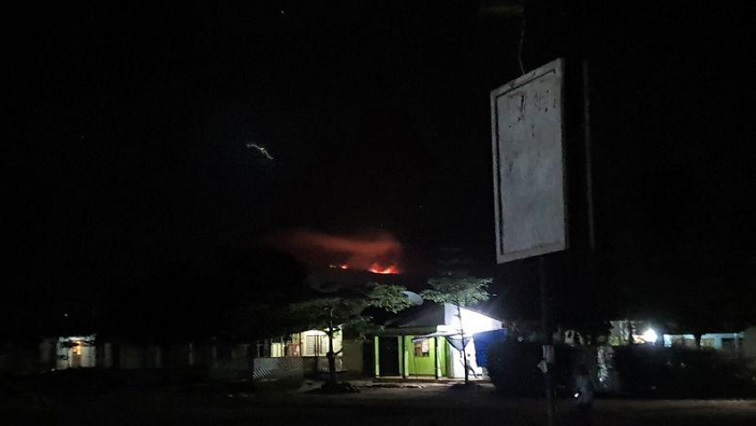 SABC NEWS Mount Kilimanjaro R - Firefighters try to contain fire on Mount Kilimanjaro