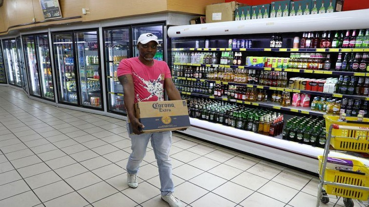 SABC News Alcohol REUTERS - Alcohol industry supports police regarding non-compliance of COVID-19 protocols