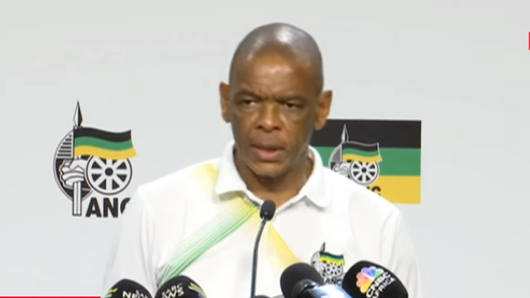 SABC News Magashule Ace - Magashule hands himself over to the Hawks