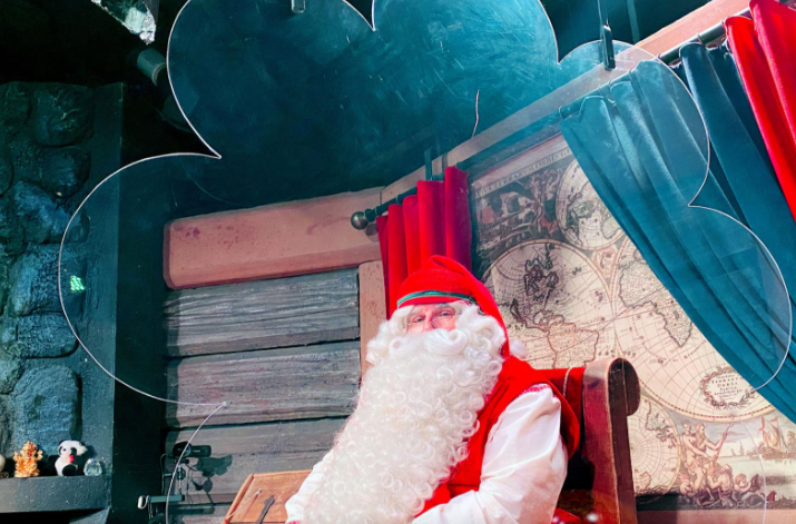SABC News Santa P - Online Santa website uses A.I. to let children interact with St. Nick