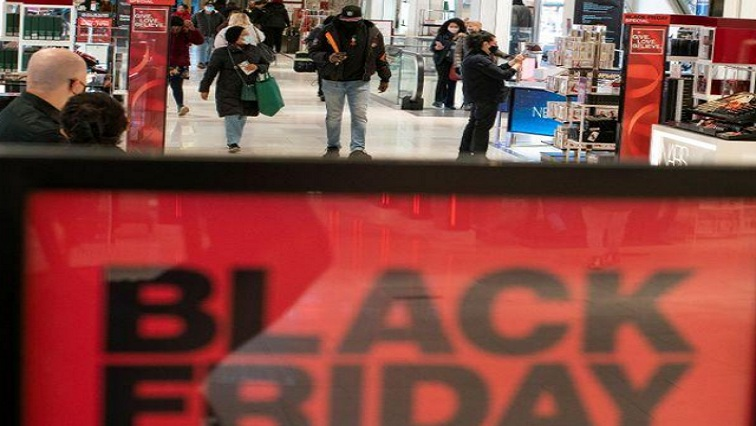 black friday 1 - Pandemic fears, online deals thin US Black Friday crowds