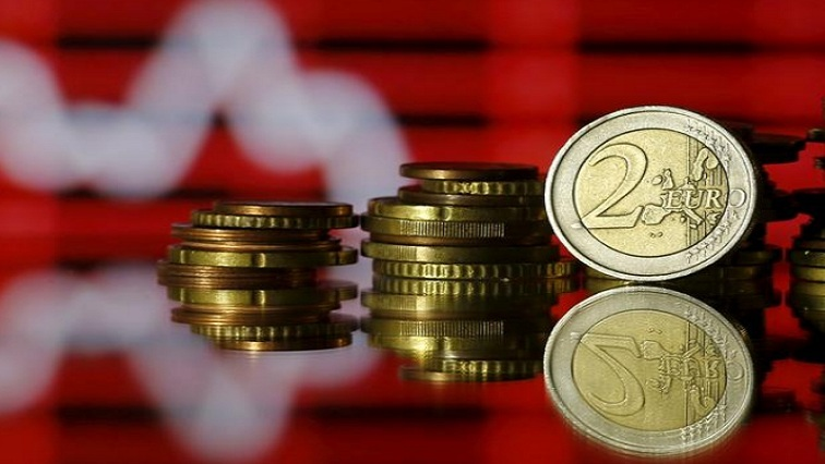 euro 5 - Euro zone economy likely already in double-dip recession – Reuters poll