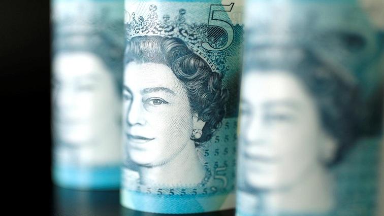 posh 2 - Pound hits fresh three-week high versus euro